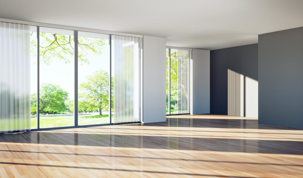 przestrzenny apartament bez umeblowania